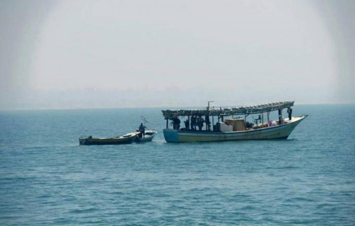 إصابة صياد وشاب برصاص الاحتلال شمال وجنوب قطاع غزة