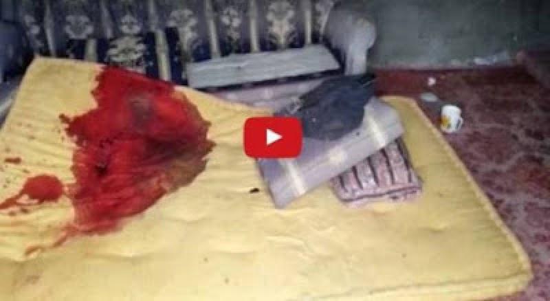 قتل زوجته وابنه بعد ان ضبطهم يمارسون الرذيلة! (فيديو)