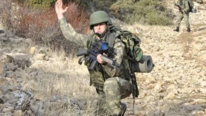 تركيا تعلن مقتل أحد جنودها باشتباكات على حدود سوريا