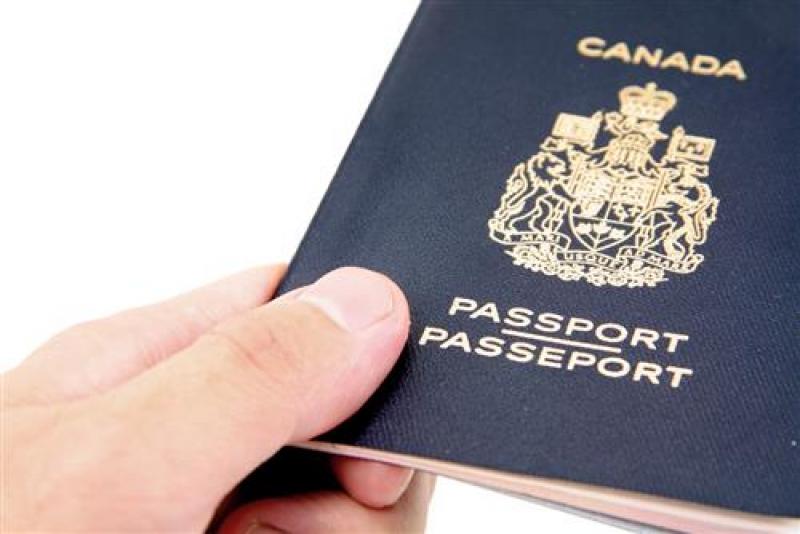 الفايز: النسور يحمل الجنسية الكندية