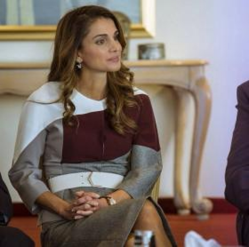 الملكة رانيا لعامر شفيع.. لا تعتزل فأنت في قمة عطائك