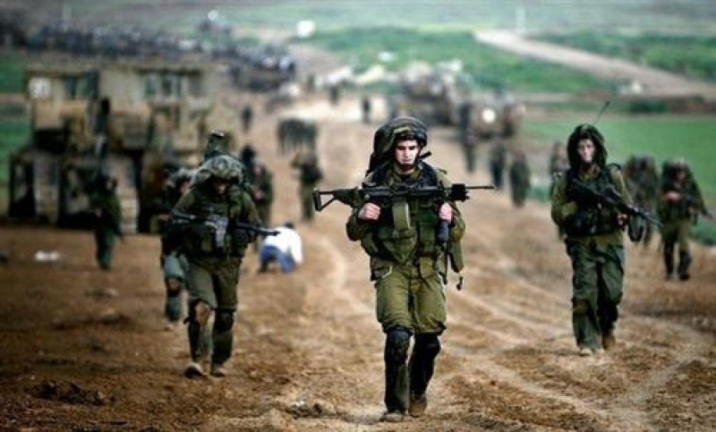 الاحتلال يأمر جنوده المجازين بحمل السلاح