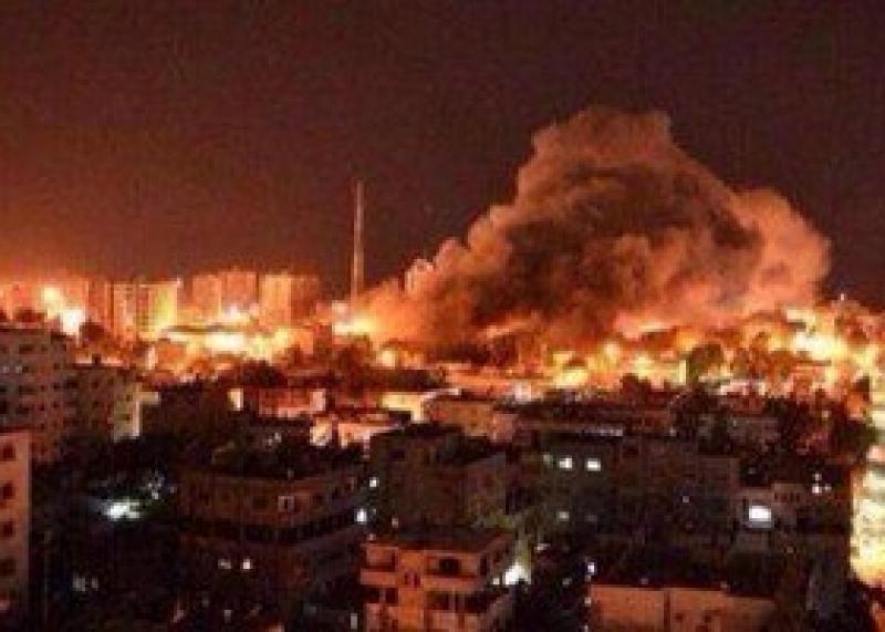 طائرات العدو الإسرائيلى تقصف شمال وجنوب مدينة غزة