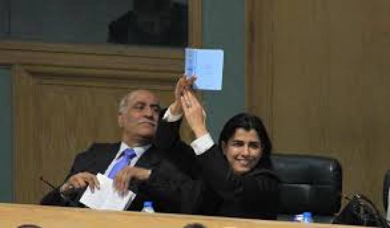 النائب الزبن: الفايز تعتذر ومطلوب طي صفحة الاستقالة