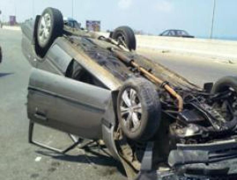وفاة طفلة وإصابة 7 آخرين بحادث تدهور