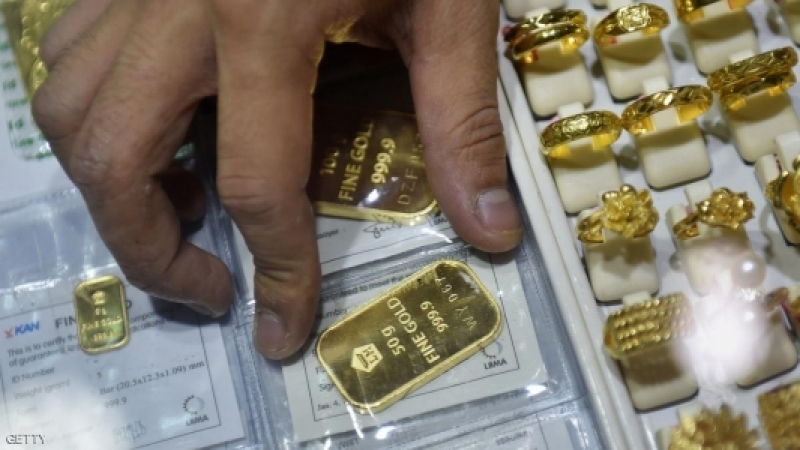 الذهب يحقق ارتفاعاً طفيفاً