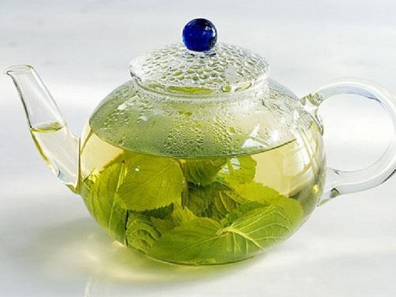 الشاي بالنعناع واكليل الجبل لتحسين الذاكرة
