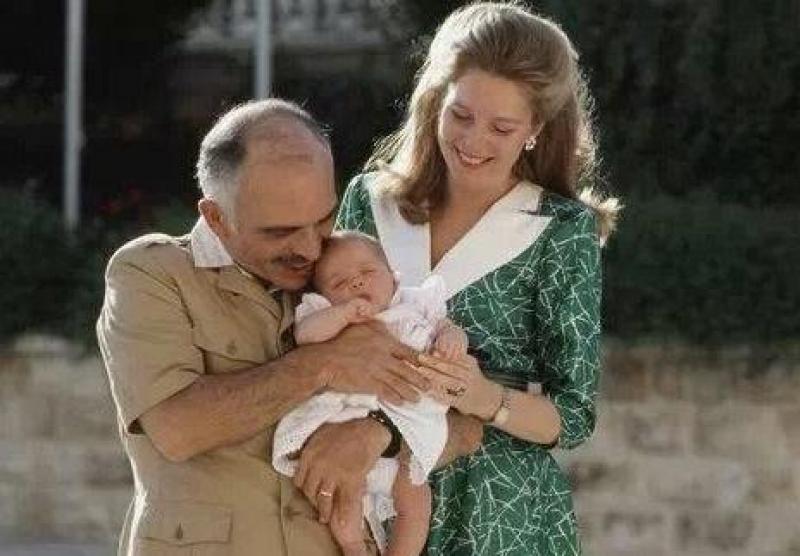 حنين أردني واسع لعهد الحسين يرسل اشارات متعددة