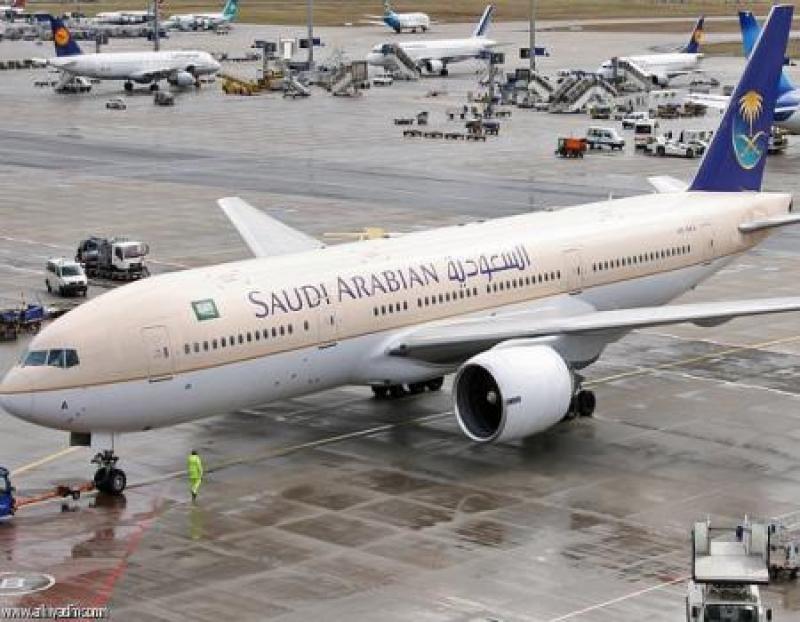 لوجود قنبلة...إخلاء طائرة سعودية ..!