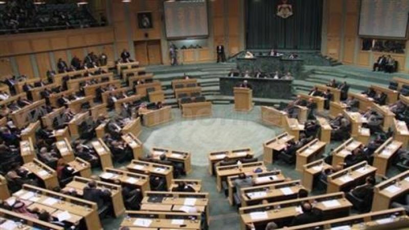 النواب يصر ادراج رسم الاقامة بالقانون