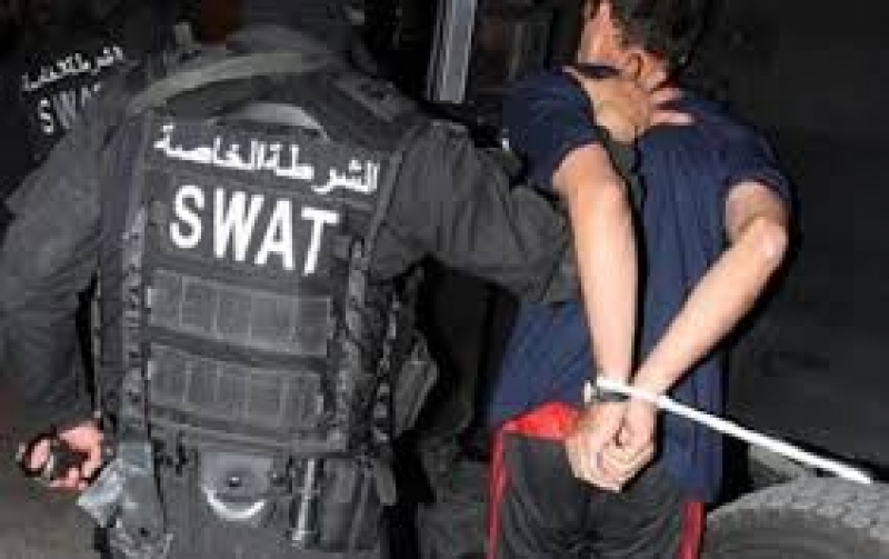 مداهمات أمنية في المفرق والرمثا تسفر عن القبض على أربعة مطلوبين بعدة طلبات
