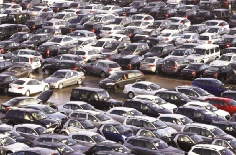 توقع انخفاض الإيرادات الجمركية من التخليص على المركبات