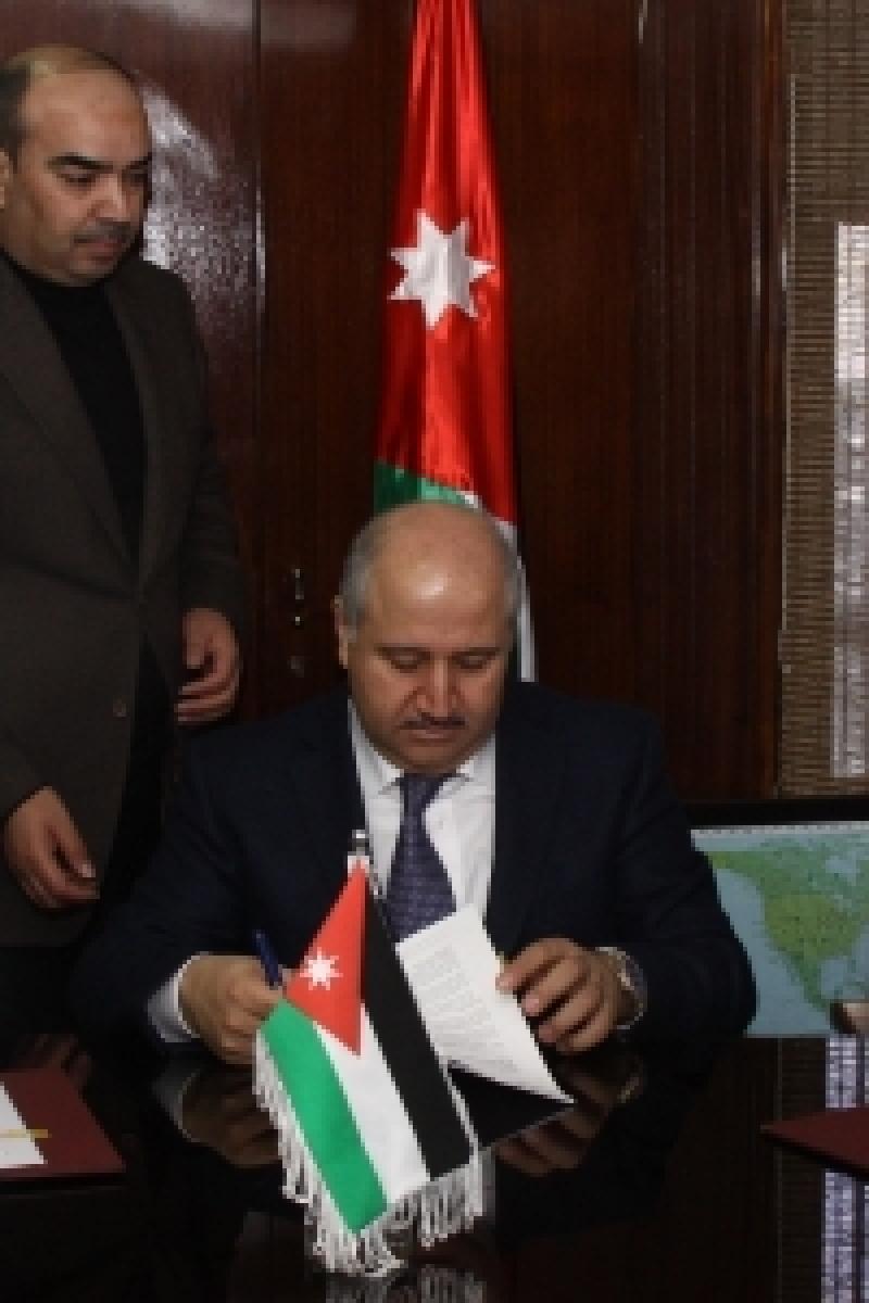 الناصر: مشروع لخدمة مناطق شمال وشرق البلقاء بقيمة 70 مليون دينار بخدمات الصرف الصحي