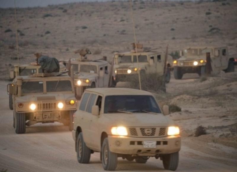 بالفيديو .. قوات سعودية في طريقها الى منطقة القريات القريبة من الحدود الاردنية 