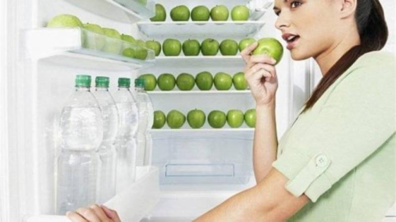 تفاحة يومياً تُبعد عنكم 5 أنواع من السرطان!