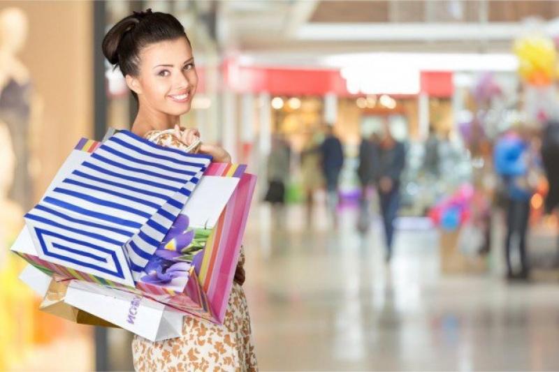 7 قواعد لاختيار الأزياء المناسب لك عند التسوق