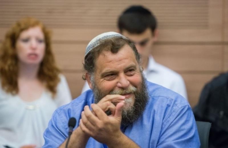 استفزاز لاتفاق الأردن ... يهود يحتفلون بمراسم عقد قرانهم في باحات المسجد الأقصى