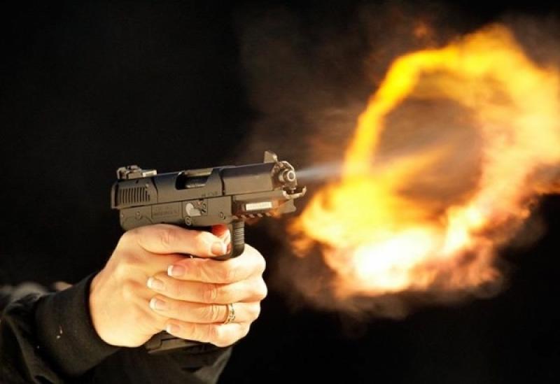 الزرقاء : ملثم يترجل من سيارته ليطللق النار على آخر فيرديه قتيلاً