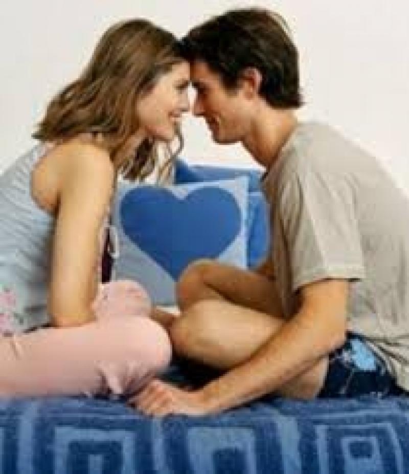 كيف تعلمين شريكك الرومانسية؟