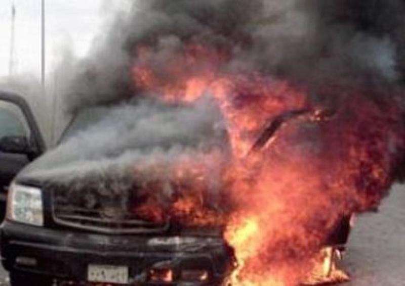 الشونة: مجهولون يحرقون مركبة رئيس بلدية - بالصورة