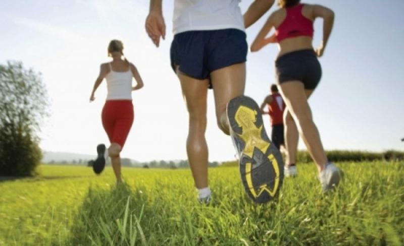 الرياضة أفضل علاج للقولون