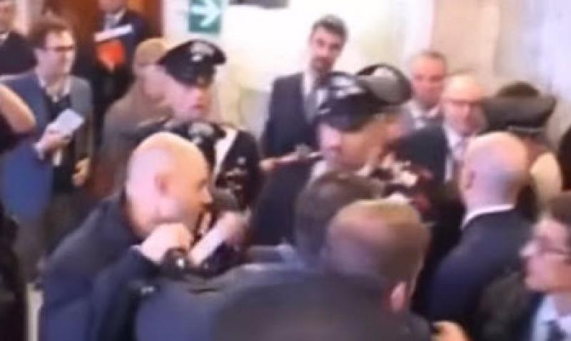 فيديو : سيدة مصرية بألف رجل تصرخ على
