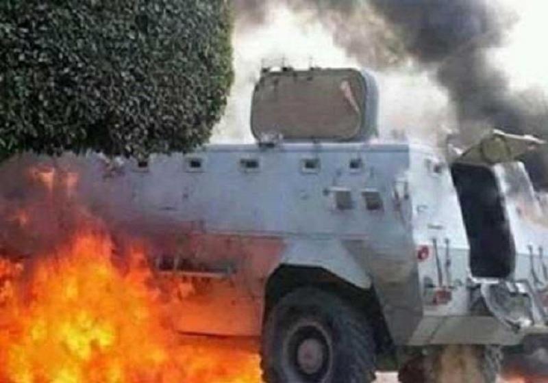 استشهاد ضابط ومجند في تفجير مدرعة بالشيخ زويد