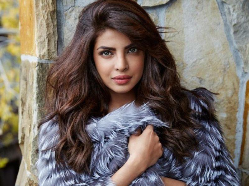 TOP5 : مكياج هندي على طريقة أجمل نساء العالم